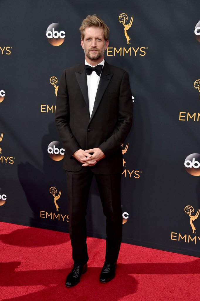 paul-sparks-in-lanvin-at-the-68th-primetime-emmy-awards