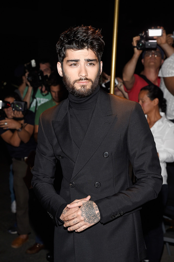 zayn-malik-tom-ford-custom-suit-top