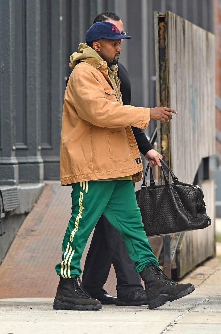 Kanye-West-Yeezy-Season-Calabasas-sweatpants-1