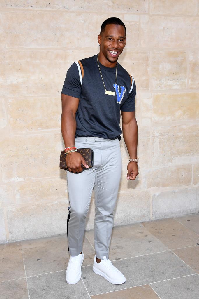 Victor Cruz In Louis Vuitton – Louis Vuitton Menswear ...  Louis