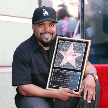 rs_634x1024-170612163058-634.Ice-Cube-Hollywood-Star.ms_.061217