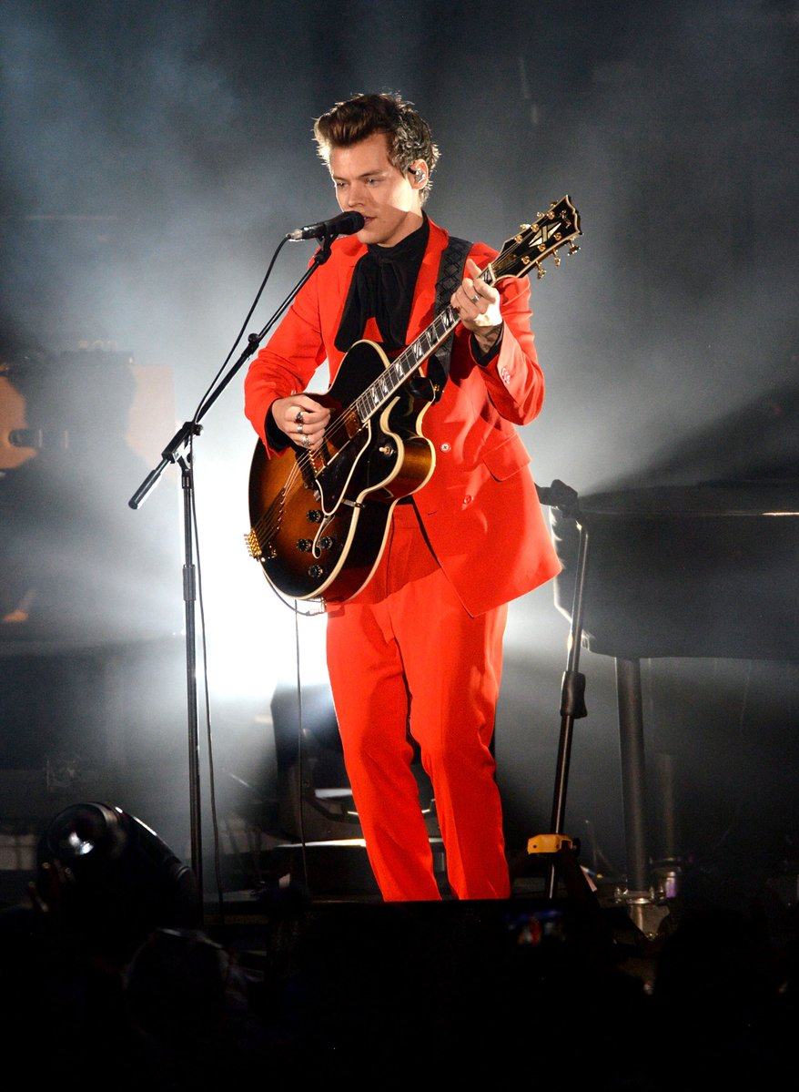 harry-styles-in-stella-mccartney-we-can-survive-show-in-la