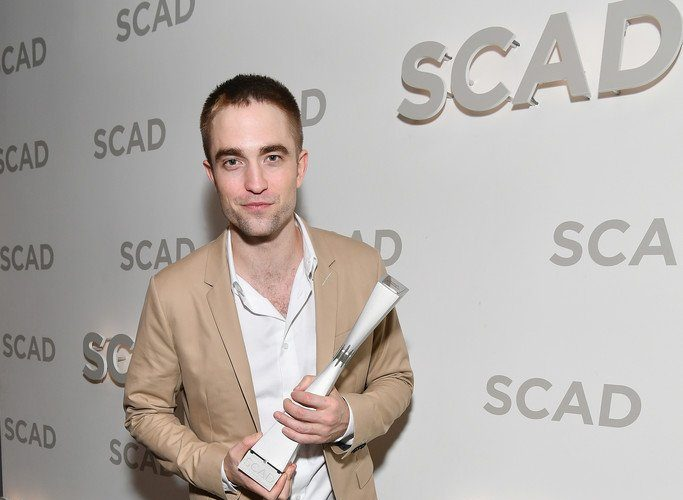 robert-pattinson-in-dior-homme-2017-scad-savannah-film-festival