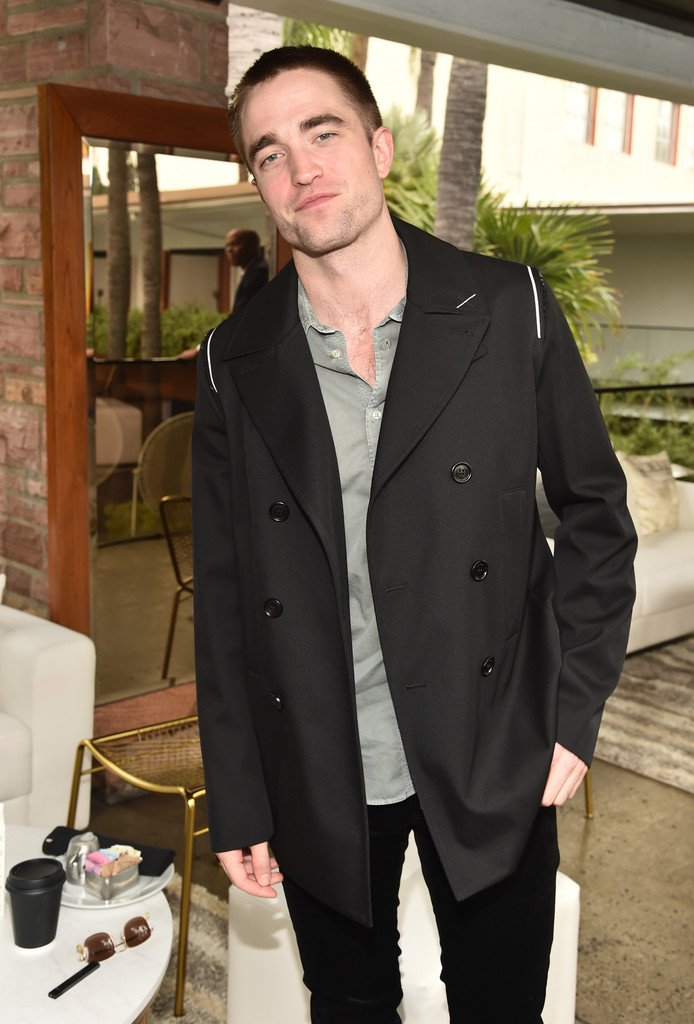 robert-pattinson-in-dior-homme-indie-contenders-roundtable-event-afifest-2017