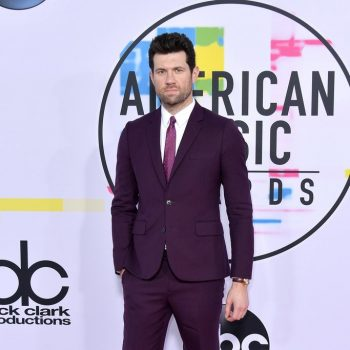 billy-eichner-in-paul-smith-2017-american-music-awards