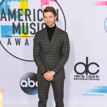 patrick-schwarzenegger-in-salvatore-ferragamo-2017-american-music-awards