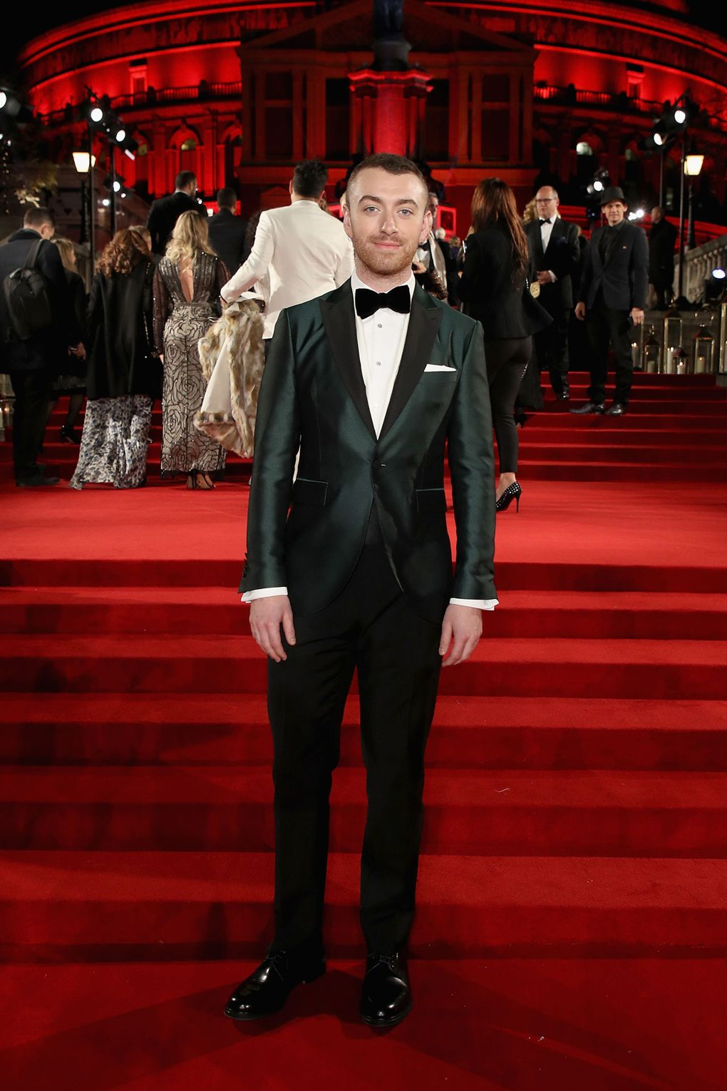 sam-smith-in-burberry-2017-the-fashion-awards