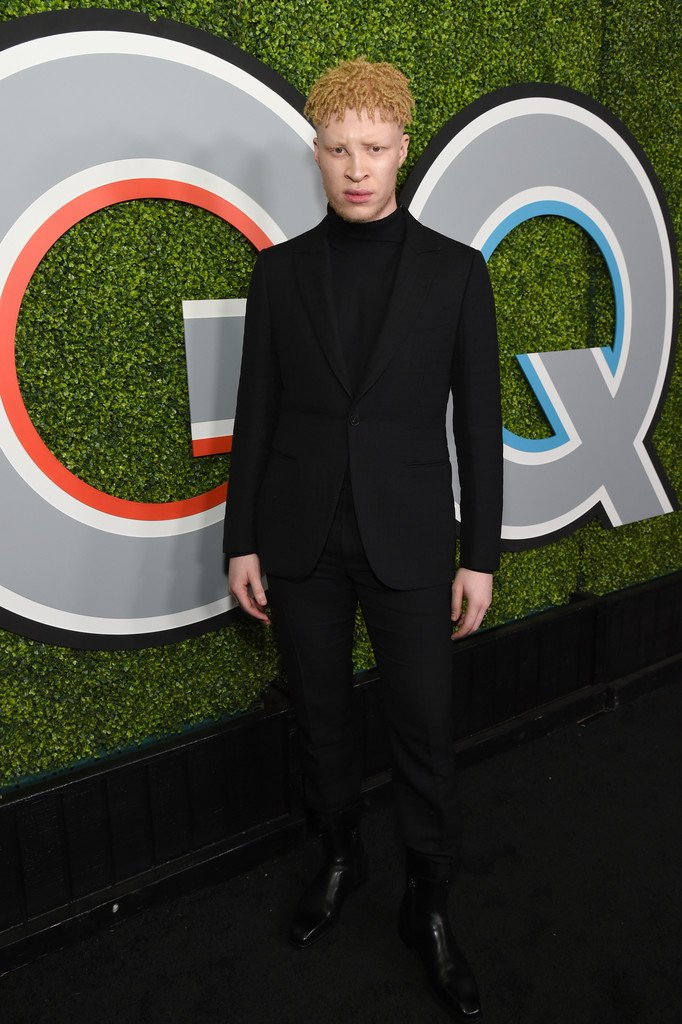 shaun-ross-in-ermenegildo-zegna-couture-2017-gq-men-of-the-year-party