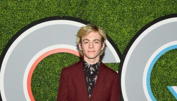 ross-lynch-in-todd-snyder-2017-gq-men-of-the-year-party