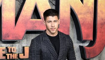 nick-jonas-in-ermenegildo-zegna-couture-jumanji-welcome-to-the-jungle-london-premiere