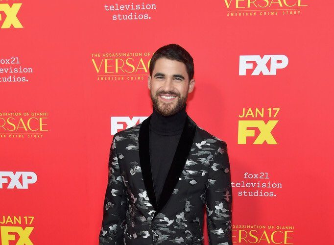 darren-criss-in-emporio-armani-the-assassination-of-gianni-versace-american-crime-story-la-premiere​