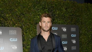 \\chris-hemsworth-in-hugo-boss-2018-critics-choice-awards