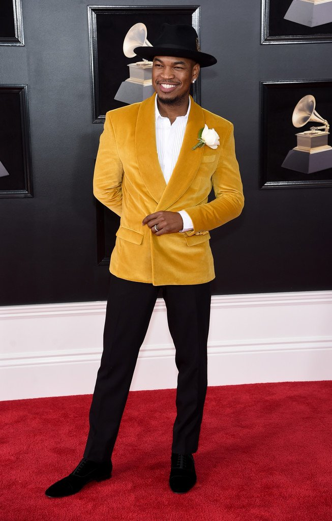 ne-yo-in-grayscaleic-2018-grammy-awards