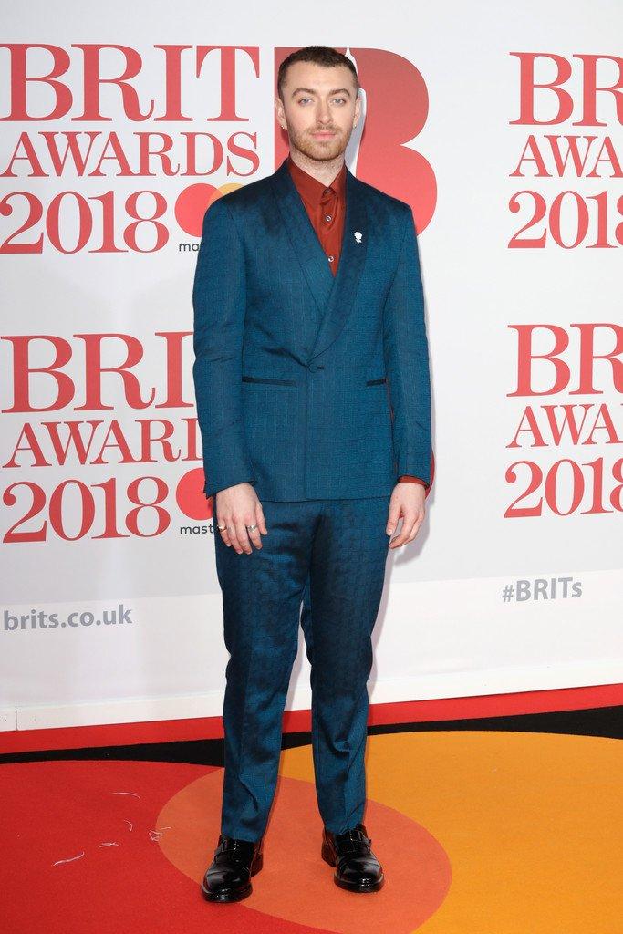 sam-smith-in-ermenegildo-zegna-2018-brit-awards