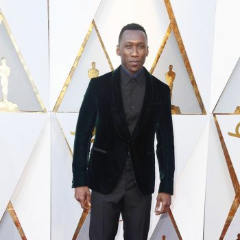 mahershala-ali-wore-a-full-berluti-dark-emerald-black-tuxedo-to-the-2018-oscars