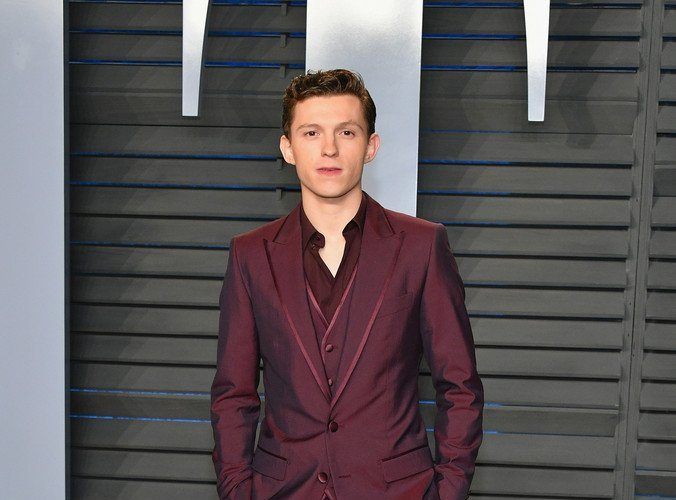 tom-holland-in-dolce-gabbana-2018-vanity-fair-oscar-party