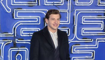 tye-sheridan-in-burberry-ready-player-one-london-premiere