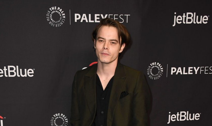 charlie-heaton-in-ermenegildo-zegna-couture-paley-center-for-medias-35th-annual-paleyfest-los-angeles