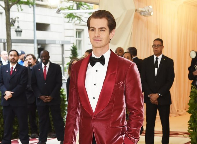 andrew-garfield-in-tom-ford-met-gala-2018