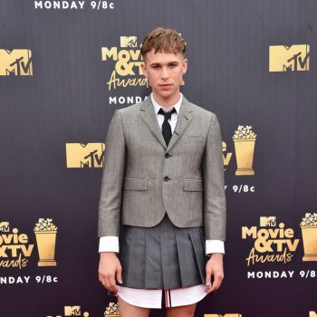 tommy-dorfman-in-thom-browne-2018-mtv-movie-tv-awards