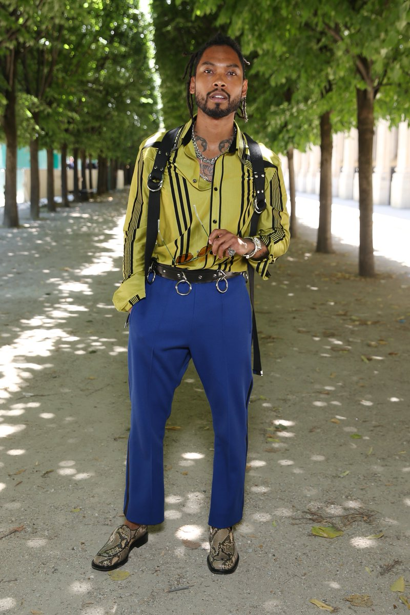 miguel-attends-the-louis-vuitton-spring-summer-2019-menswear-fashion-show