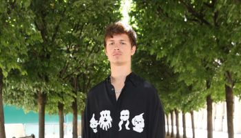 ansel-elgort-attends-the-louis-vuitton-spring-summer-2019-menswear-fashion-show