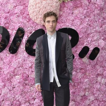 robert-pattinson-in-dior-homme-dior-homme-menswear-spring-summer-2019-show