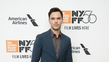 nicholas-hoult-in-prada-the-favourite-new-york-film-festival-opening-night-premiere