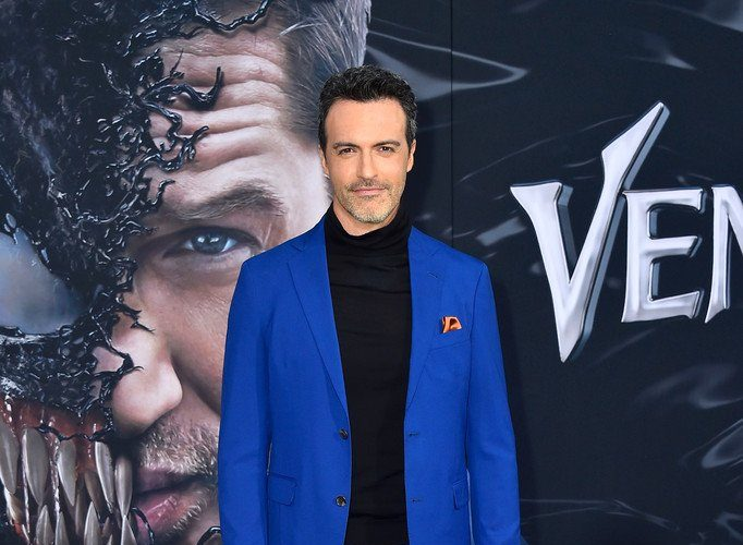 reid-scott-in-strong-suit-venom-la-premiere