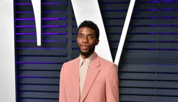 chadwick-boseman-in-givenchy-@-2019-vanity-fair-oscar-party