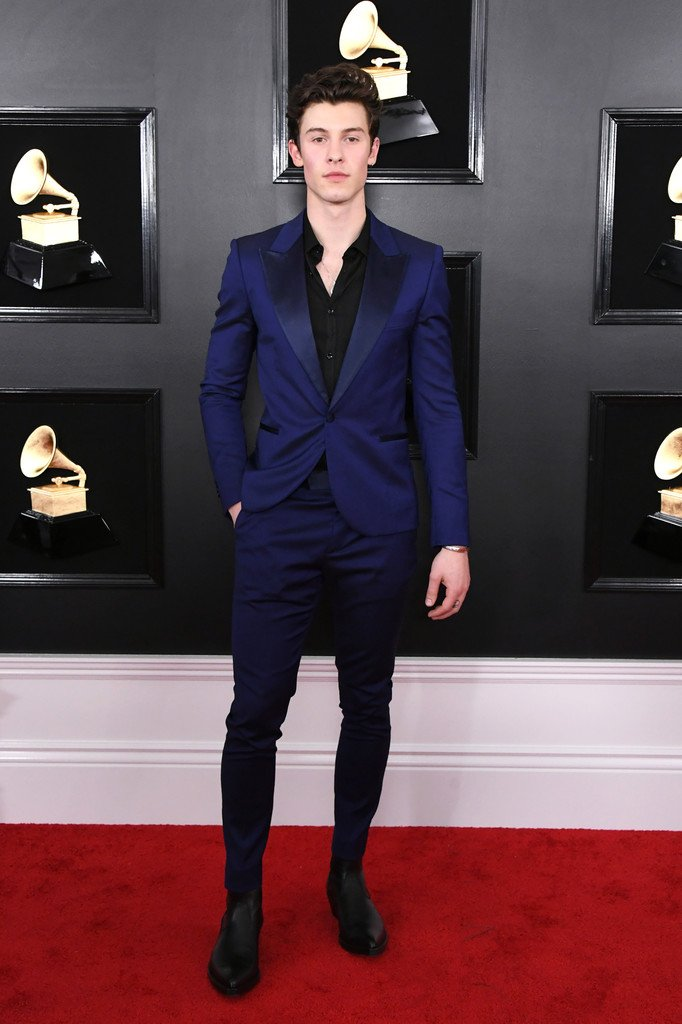 shawn-mendes-in-paul-smith-@-2019-grammys